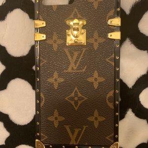 iPhone 8plus phone case.